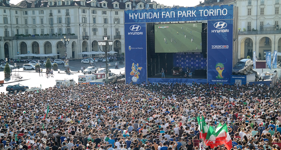 Sky view of 3.5 million people gathered at Hyundai Fan Park